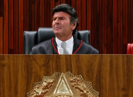 Recém-empossado presidente do STF, Fux é diagnosticado com covid-19