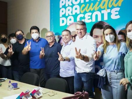 João Almeida declara apoio a Cícero Lucena no 2º turno em João Pessoa
