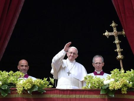 """Papa condena """"extermínio"""" na Síria em mensagem de Páscoa"""