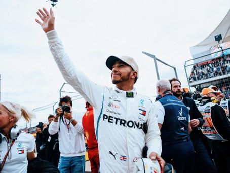 "Vettel admite ""dia difícil"", mas parabeniza Hamilton pelo título da F1"