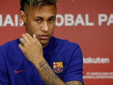 PSG aceita liberar Neymar por dinheiro mais dois jogadores do Barcelona, mas pede no mínimo €100 mi