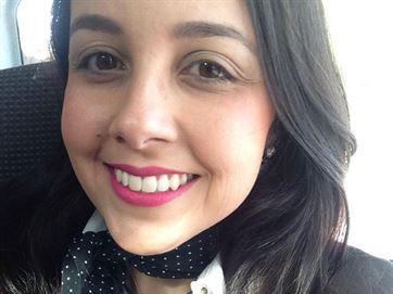 Campanha tenta arrecadar R$ 18 mil para exame, nos EUA, em paraibana com câncer agressivo