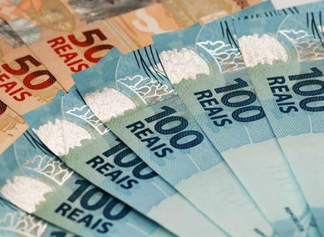 Luciano Cartaxo sanciona lei que suspende pagamento de consignados
