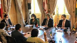 João Azevêdo e demais governadores do Nordeste se reúnem com embaixadora da França. Confira!
