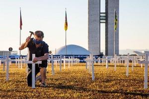 Brasil chega a triste marca de 500 mil mortos por Covid