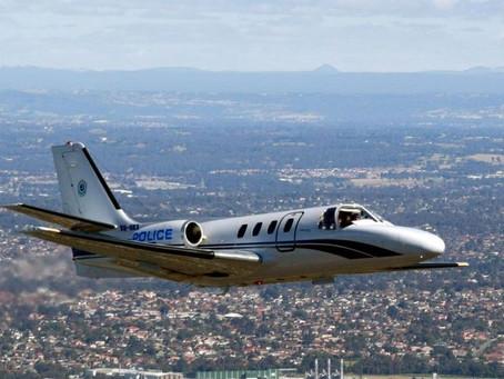 Avião cai no Pacífico com equipe de reality show
