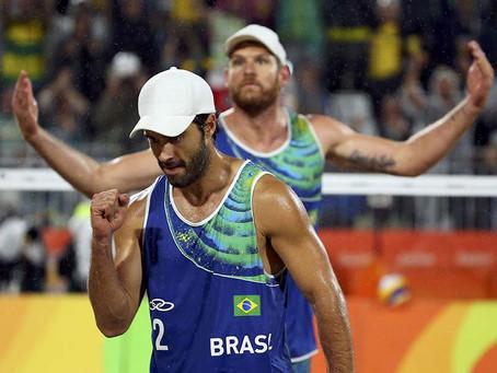 Vôlei de praia: Alison e Bruno Schmidt conquistam quinto ouro para o Brasil