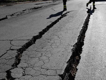 Terremotos na Itália podem continuar por semanas em efeito dominó