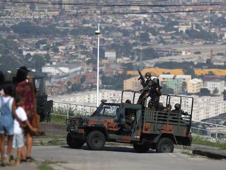 Militar morre e outro fica ferido em confronto em comunidades do Rio