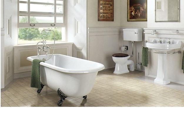 traditional-bathroom-suite.jpg