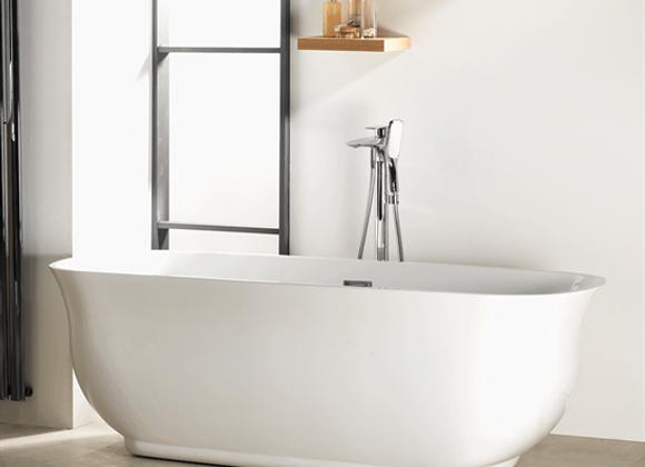 Iconic Ritz Freestanding Bath