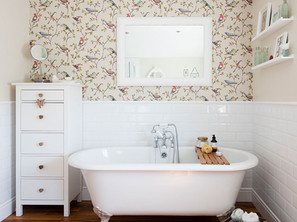 Can I use wallpaper in a bathroom?