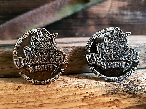 "Wolfs-Pin  ""DarkMoon"" und ""SilverMoon"""""