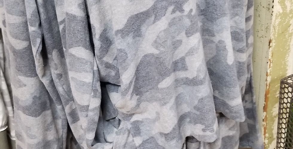 Hooded camo top