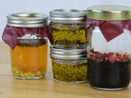 Building Flavor: Infused Oils and Vinegars