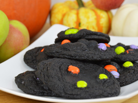 Ghoulish Blackout Cookies: Perfect for a Halloween at Home