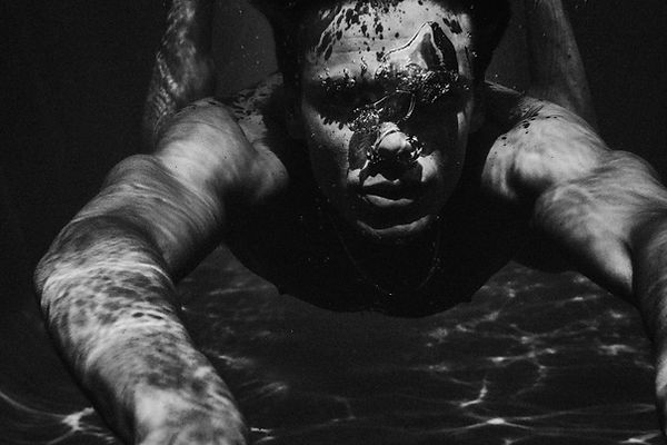 Drowning for L'Officiel