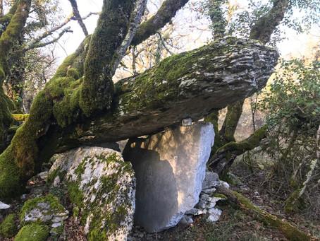 Amis bretons, venez voir nos dolmens!  Come and visit our Dolmens
