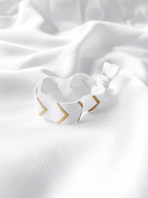 elastic/bracelet white arrows