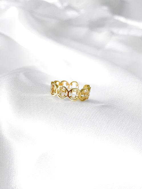 Mary ring