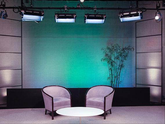 LTV-Studio 2-TalkShowSet-GREEN-5694.jpg