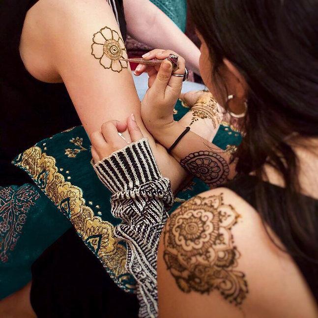 Henna Artist.jpg