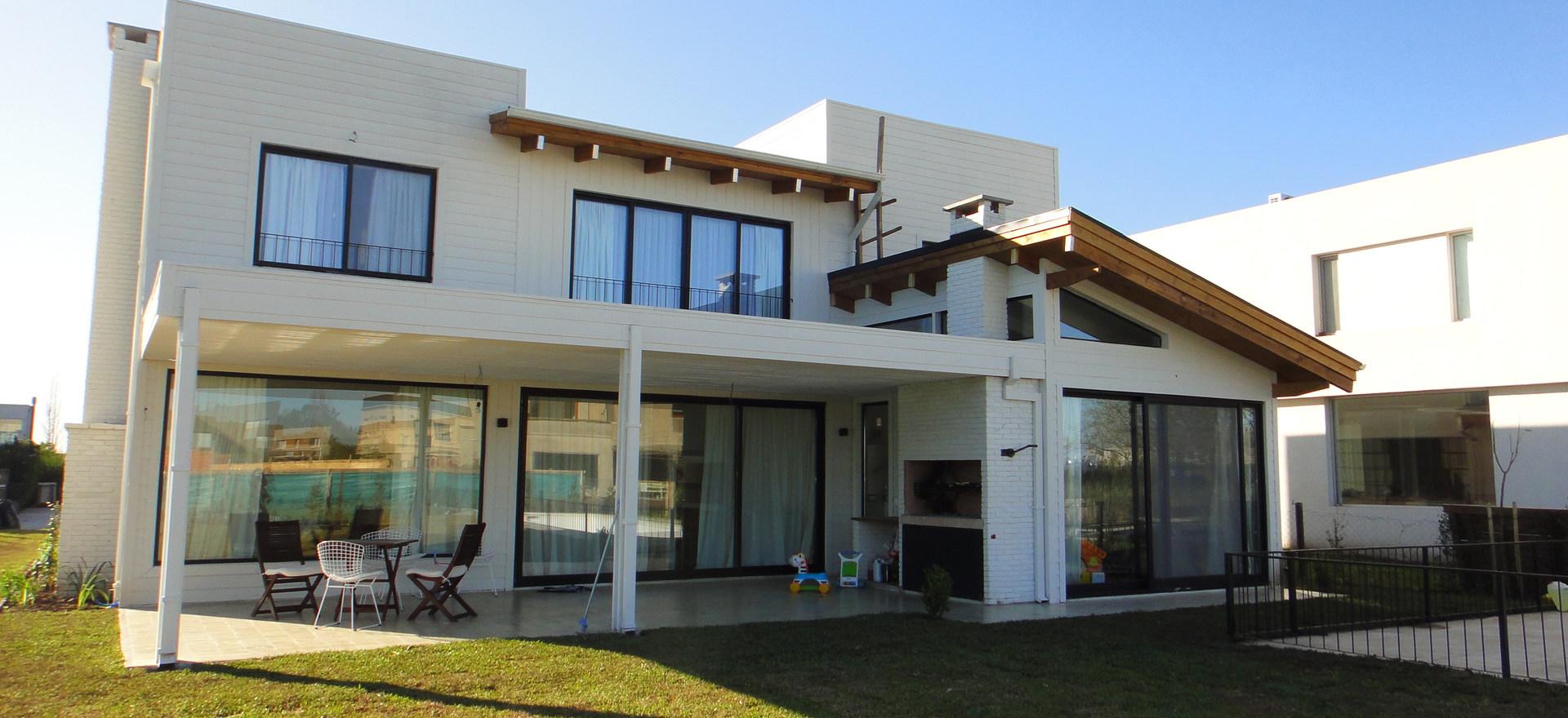 Casa en Garin