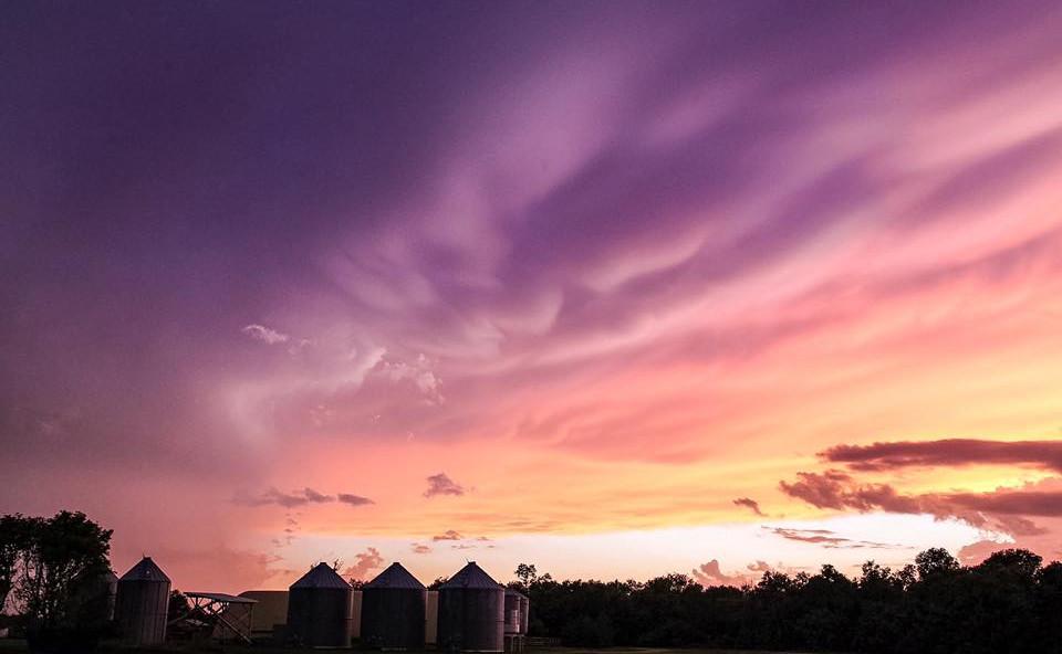 PrairieSkies_clouds_purple.jpg