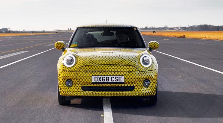 BMW покажет электрокар MINI Electric на автосалоне во Франкфурте