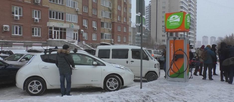 Новосибирцы переходят на электротранспорт