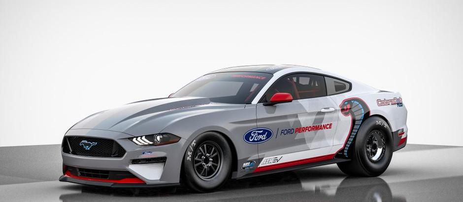 Ford представляет электрический драгстер Mustang Cobra Jet 1400 с мощностью 1400 л.с.