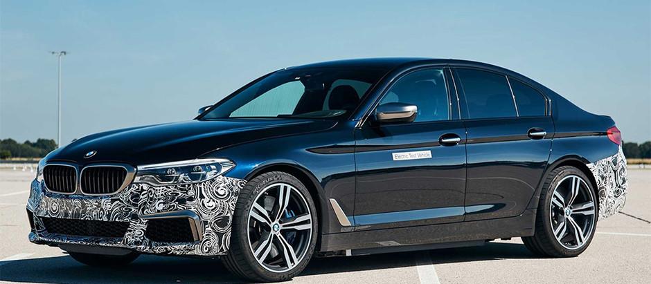 BMW переоборудовала седана 5-Series в 720-сильный электрокар