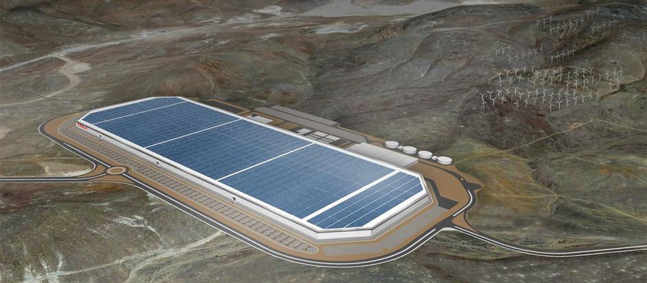 Илон Макс объявил о строительстве еще  нескольких  Гигафабрик.