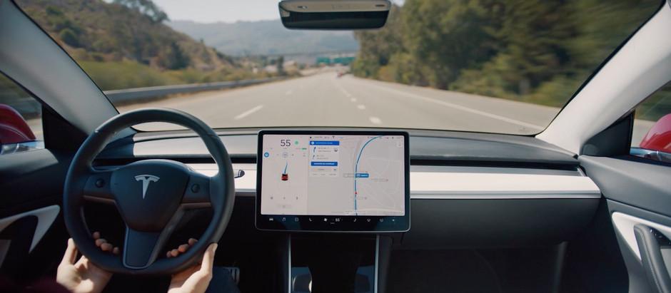 Электрокары Tesla научились заказывать запчасти самостоятельно