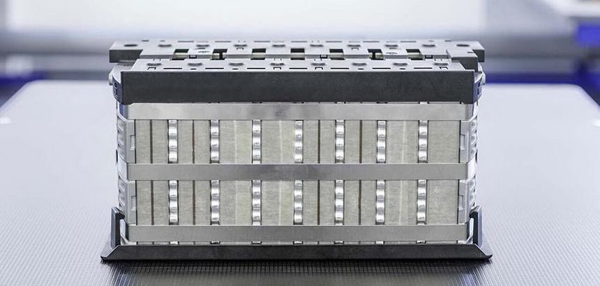 Tesla запатентовала аккумулятор миллионник