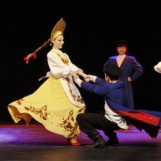 Danseur russe en spectacle
