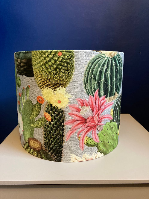 Cactus table-lamp shade with gold lining (25cm diameter)