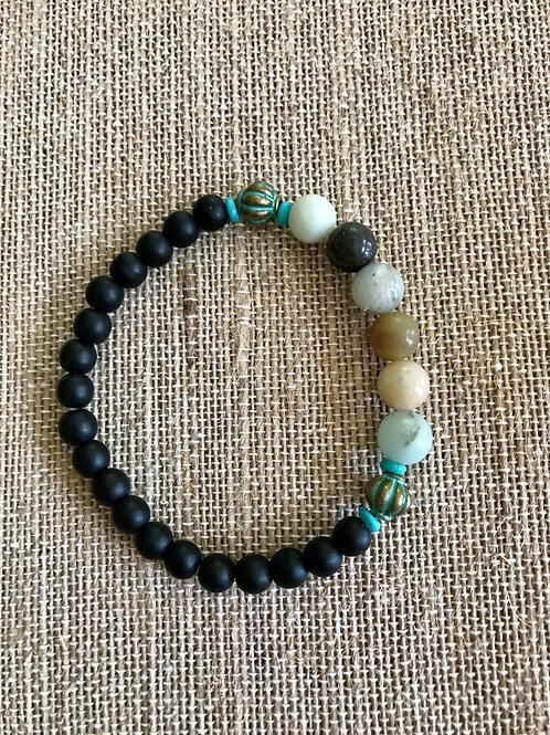 Black and varied stone beaded bracelet