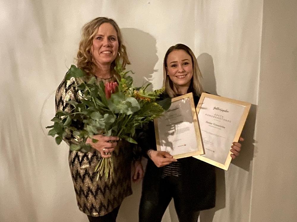 Butiksmedarbetare Lena Johansson tillsammans med Sanne Vennström ägare av butiken Jeansgruvan i Gällivare