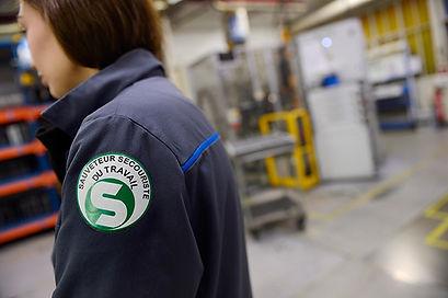 salarie-sauveteur-secouriste-travail-.jp