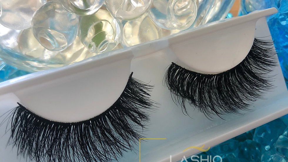 Handmade Wispy Volume Strip Lashes