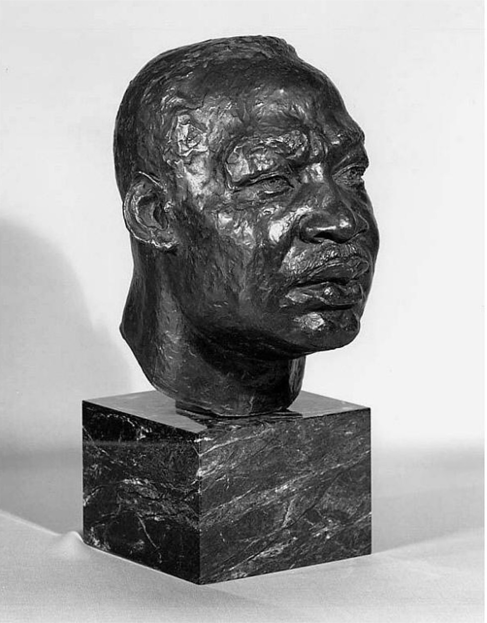 Charles Henry Alston, Martin Luther King, Jr., 1970. Bronze, National Portrait Gallery, Smithsonian Institution.