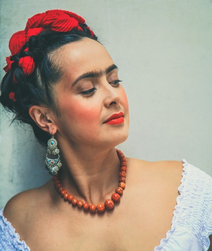 Rebecca Grant as Frida Kahlo