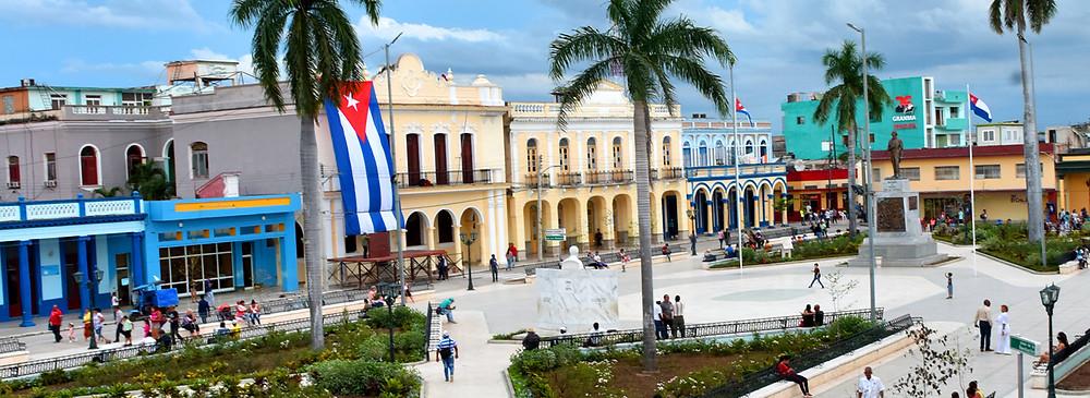CUSTOM CUBA TOURS www.cubatraveltrips.com
