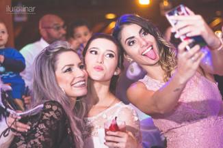 selfie na festa de casamento em mairiporã