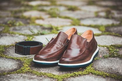 sapato e cinto do noivo casamento
