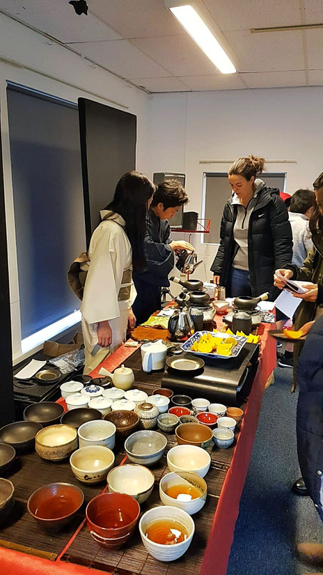 Houji-cha and Kyo-gashi offered at Christmas Fair