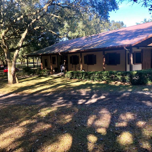 Main barn Kingsfield Farm Ocala
