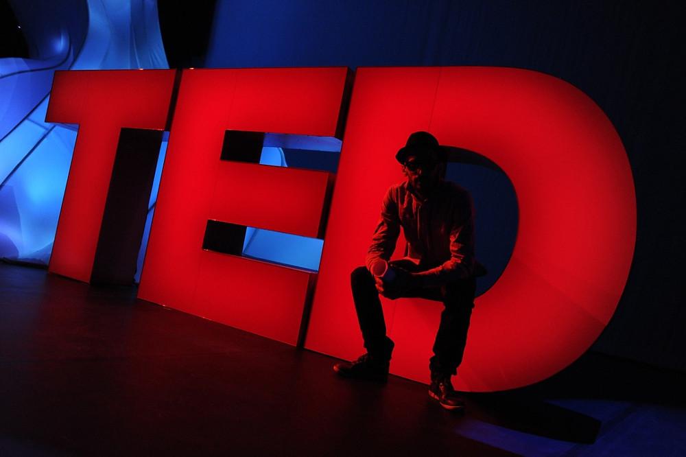 Zakelijke presentaties zijn geen TED-talks, integendeel - blog Kinote - trainers in communicatie- en presentatievaardigheden