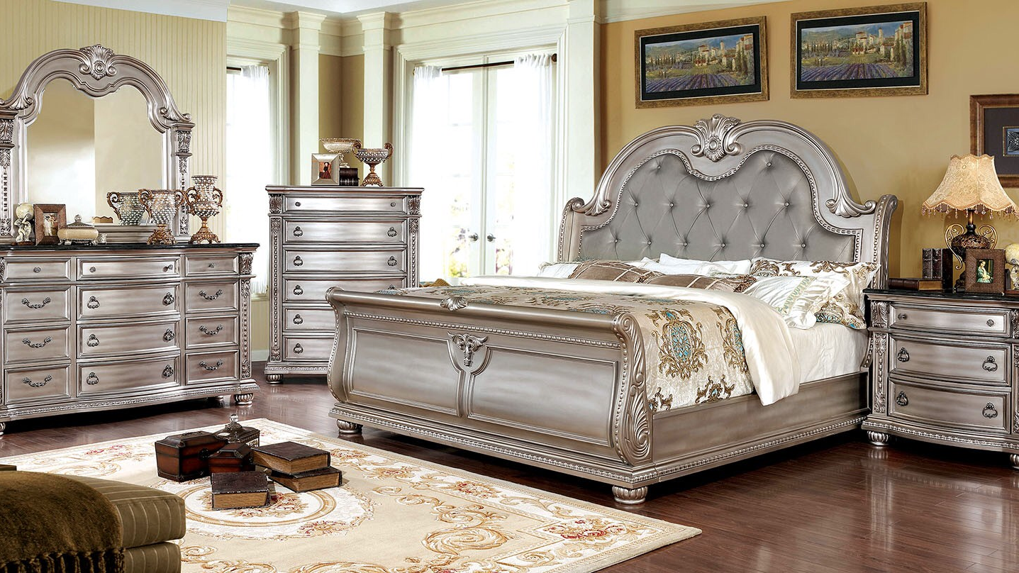Valencia Carved Wood Traditional Bedroom Furniture Set 209000: 4Piece Queen Bedroom Set By Furniture Of America